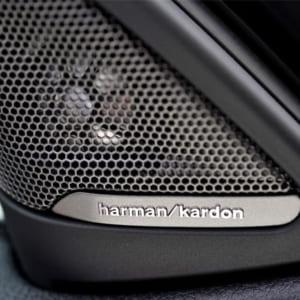 Loa Harman Kardon dành cho BMW được phân phối bởi Độ Xe Long Thịnh